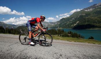 Винценцо Нибали напусна Тура след фрактура на прешлен