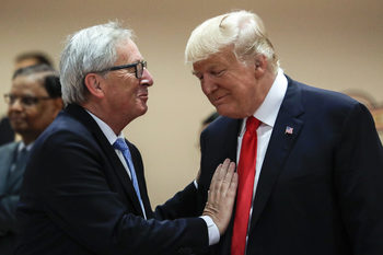 Юнкер се среща с Тръмп в опит да предотврати ескалация на търговските конфликти