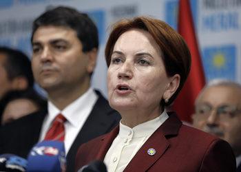 Основната съперничка на Ердоган се оттегли от ръководството на партията си