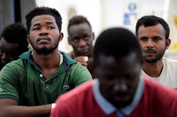 Над 60 хил. мигранти са влезли в Европа през Средиземно море от началото на годината