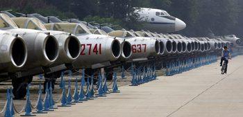 Китайската авиация тренира удари срещу цели в САЩ, твърдят от Пентагона