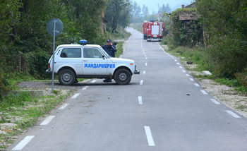 Председателят на общинския съвет в Казанлък порица журналисти, че са отразили ромско сбиване в града