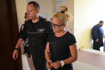 Съдът остави в ареста Десислава Иванчева и даде ход на делото по същество