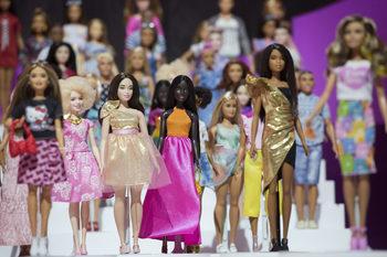 """Производителят на """"Барби"""" се насочва към киноиндустрията"""
