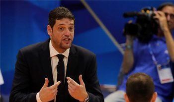 Константинов: Единственият ни шанс е да спечелим и трите си мача в София