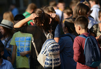 Децата в 13 училища в Смолянско ще имат по-леки раници през новата учебна година