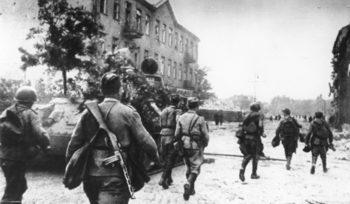 Денят, в който СССР сe изтегли от Полша