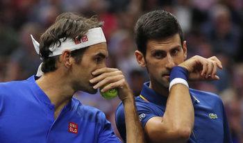 Федерер и Джокович загубиха първия си мач като съотборници