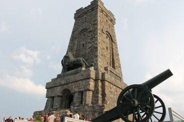 Кога Паметникът на свободата ще възвърне пълния си блясък?