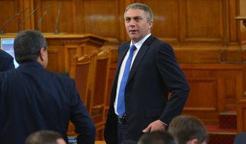 ДПС с ултиматум: Или оставка на Валери Симеонов, или предсрочни избори