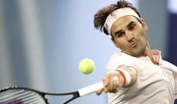 Федерер оцеля в Шанхай след здрава битка с Баутиста Агут