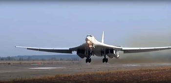 Видео: Ракети, подводници, бомбардировачи – Русия тренира днес ядрените си сили