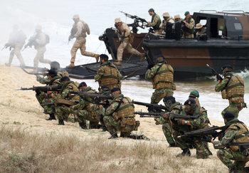 И НАТО се готви за най-голямото си учение от Студената война