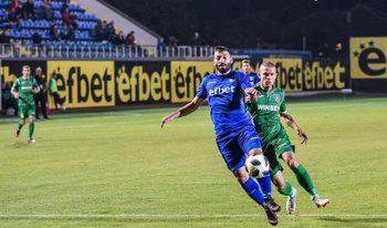 """Божинов вкара, но """"Ботев"""" (Враца) изпусна победата срещу последния след гол в края"""