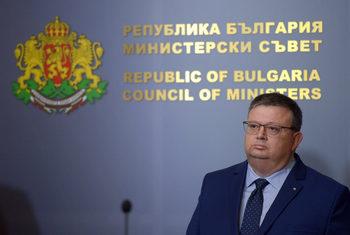 Цацаров даде указания как да се разследва насилието над животни
