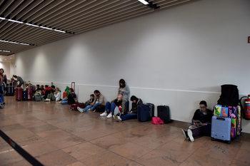 Стачката на товарачи на летището в Брюксел продължава поне до утре