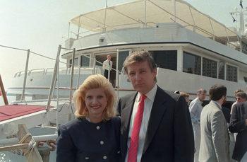 """Чехословакия шпионирала Тръмп през 80-те години, пише """"Гардиън"""""""