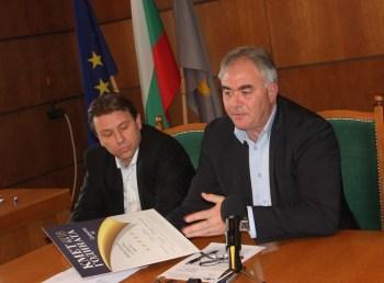 """Кметът Спартански: Призът от кампанията """"Кмет на годината"""" е признание за Общината и плевенския бизнес"""