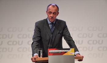 Милонер започна състезанието за наследник на Меркел