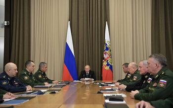 Путин постави краен срок за модернизация на руската армия