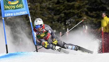 Янсруд спечели първия супергигантски слалом за сезона