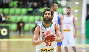 Баскетболистите запазиха шансове за световното с победа над Босна
