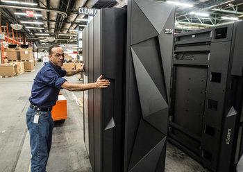 IBM продава част от софтуерния си бизнес на индийската HCL Technologies за 1.8 млрд. долара