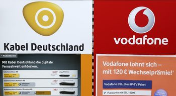 Европейските антитръстови регулатори разглеждат сделката между Vodafone и Liberty