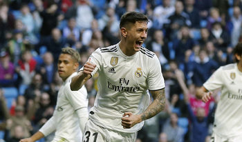 """""""Реал"""" продължава напред за купата след още един разгром"""