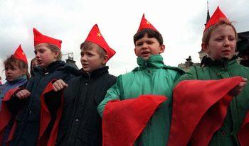 Руснаците тъгуват по СССР, но най-после осъзнават, че няма връщане назад
