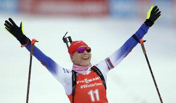 Олимпийската шампионка в биатлона Кузмина прекратява кариерата си след края на сезона