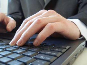 Рискове дебнат потребителите, които купуват от физически лица в социалните мрежи