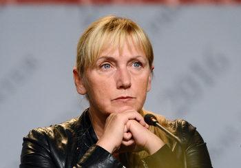 Защо Елена Йончева и защо сега