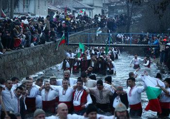 Фотогалерия: Българите отбелязват Богоявление