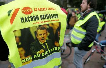 """Фотогалерия: Девети протест на """"Жълтите жилетки"""""""