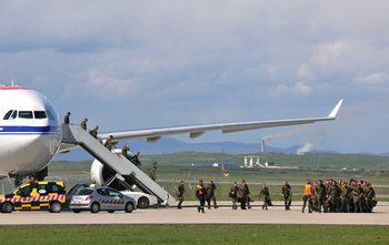 Унгария ще управлява небето над Косово за неопределено време
