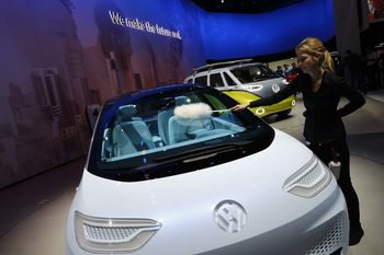 "Планът на Volkswagen да ""убие"" Tesla"