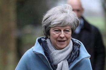 Мей може да поиска от парламента още време за преговори с Брюксел за Брекзит