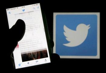 """""""Туитър"""" затяга правилата за политически реклами преди евроизборите"""