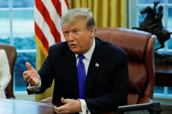 """Доналд Тръмп получи """"Златна малинка"""" за ролята на самия себе си"""
