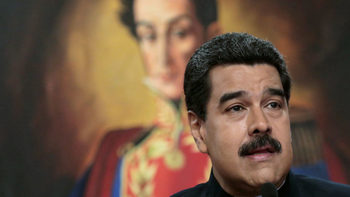 Мадуро прекъсна интервю с американски журналисти и ги задържа за два часа
