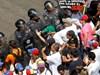 Протести в Каракас: бяло за Гуайдо, червено - за Мадуро (Снимки)
