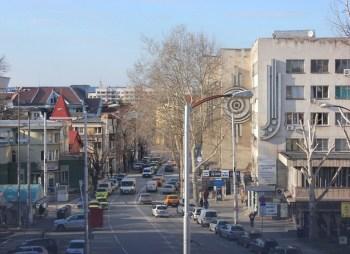 """Затварят за движение дясното платно на ул. """"Д. Константинов"""" в Плевен"""