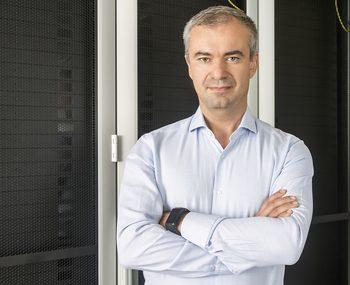 Equinix открива през април втория си център за данни в София