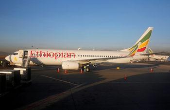 Етиопски самолет със 157 души се разби на път за Кения
