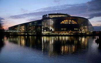 Европарламентът настоя да се създаде европейска финансова полиция