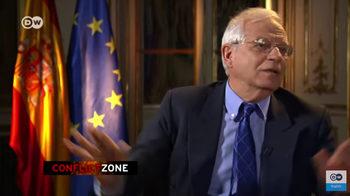"""""""Спрете записа"""" – испанският външен министър си тръгна от интервю, но се върна (видео)"""