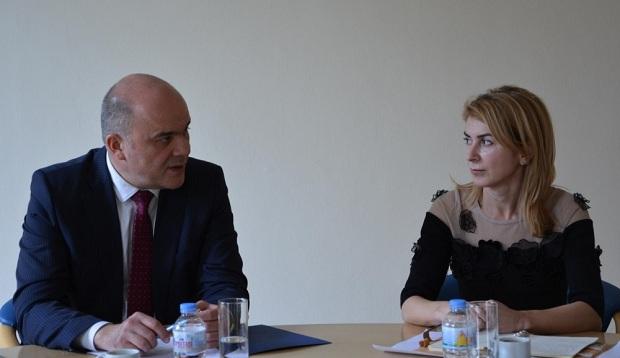 Кметът се срещна с министър Бисер Петков и набелязаха мерки