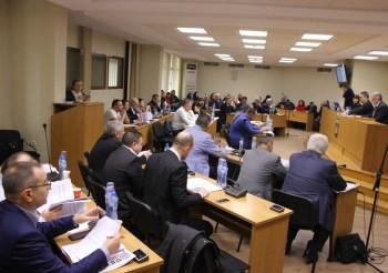 Общинските съветници заседават по 34 точки на 24 април