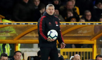 """Солскяр се притесни за мястото на """"Юнайтед"""" в топ 4 след загуба от """"Уулвс"""""""